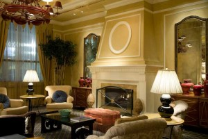Fireplace-with-Comfy-Chairs-in-Luxury-Hotel-Lobby-Reception_Terry-Wilson_iStock_000006129504_Medium