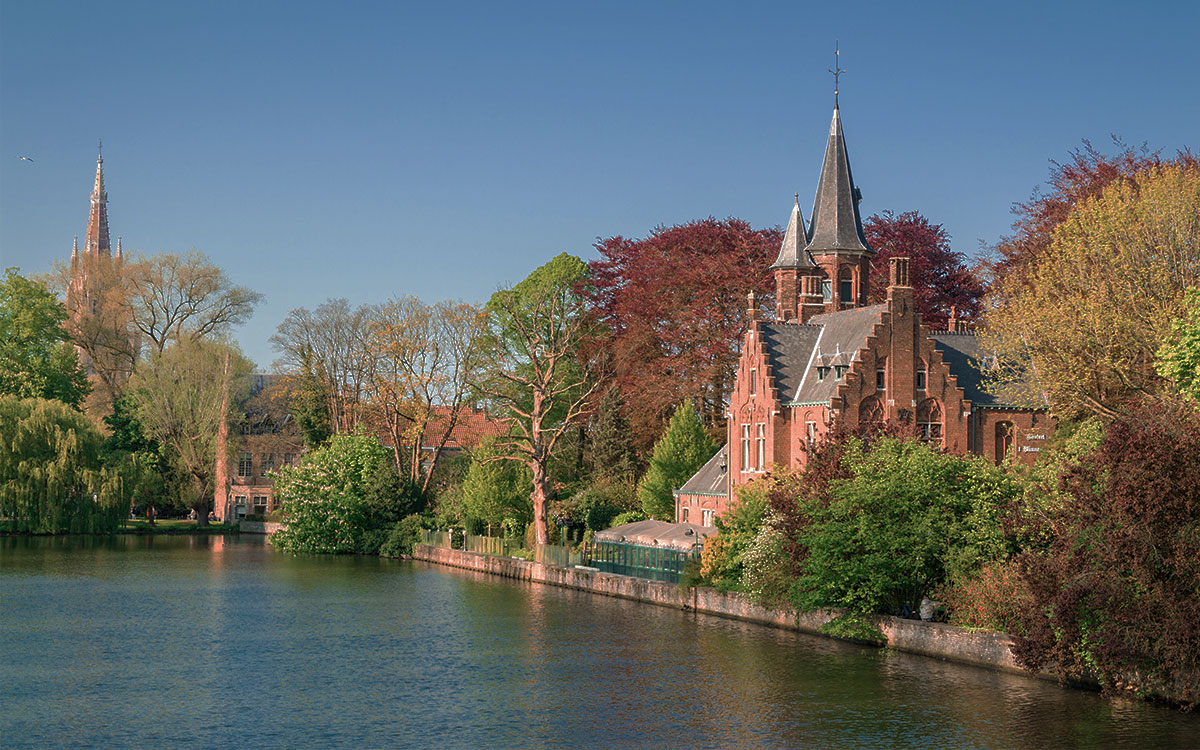 Lake of Love Bruges Romantic Proposal