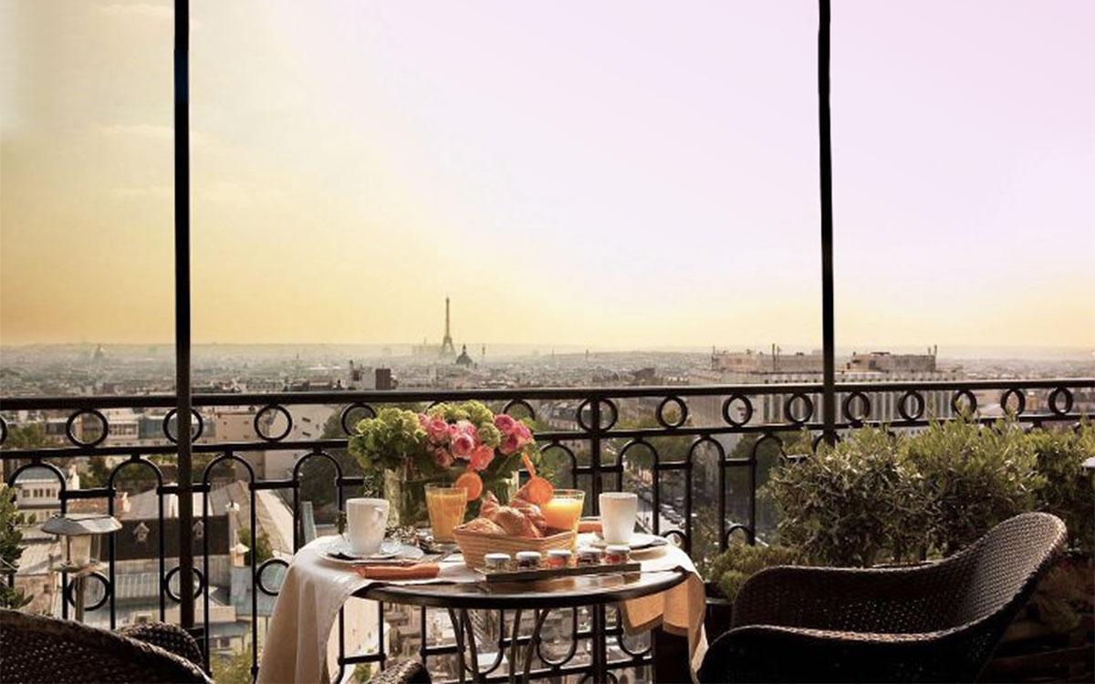 Terrass Hotel View Proposal Romantic