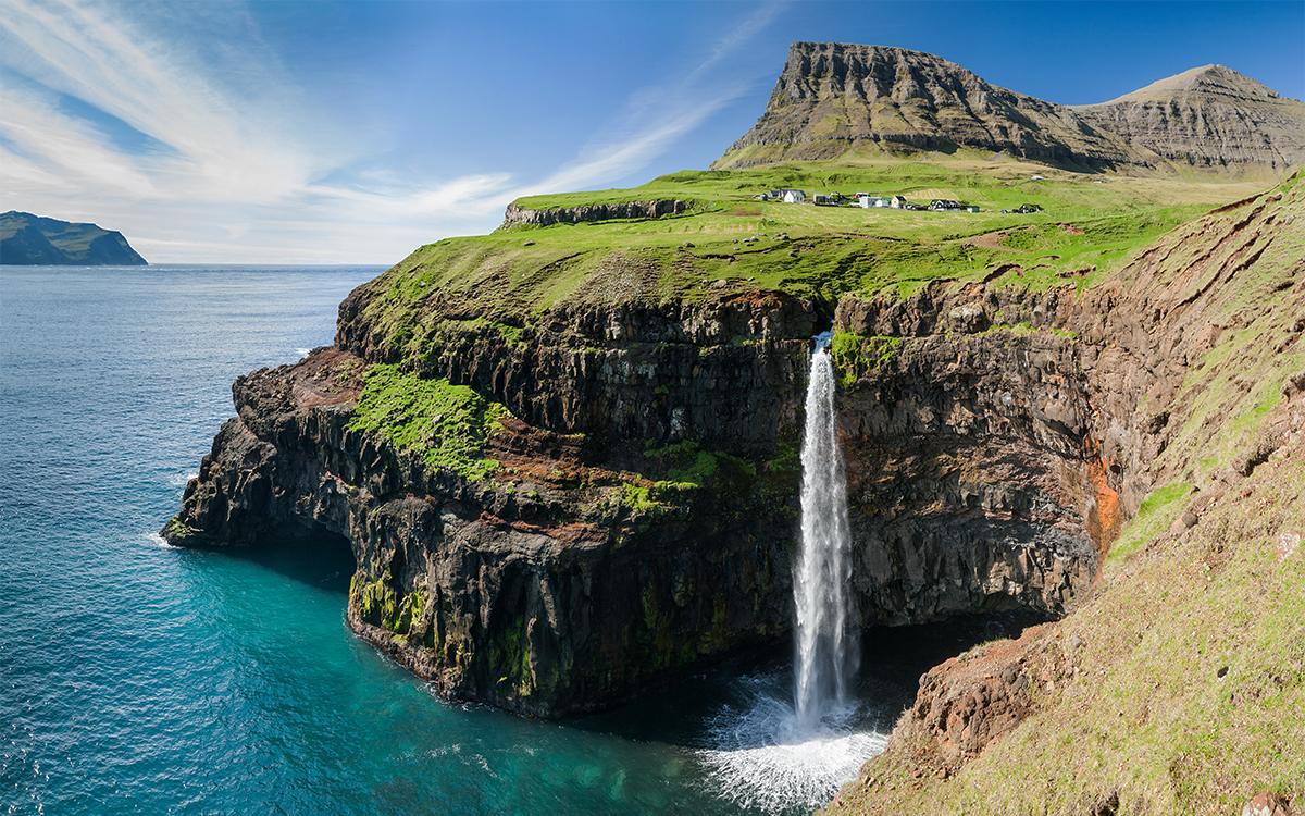 Astonishing view of Mulafossur Waterfall