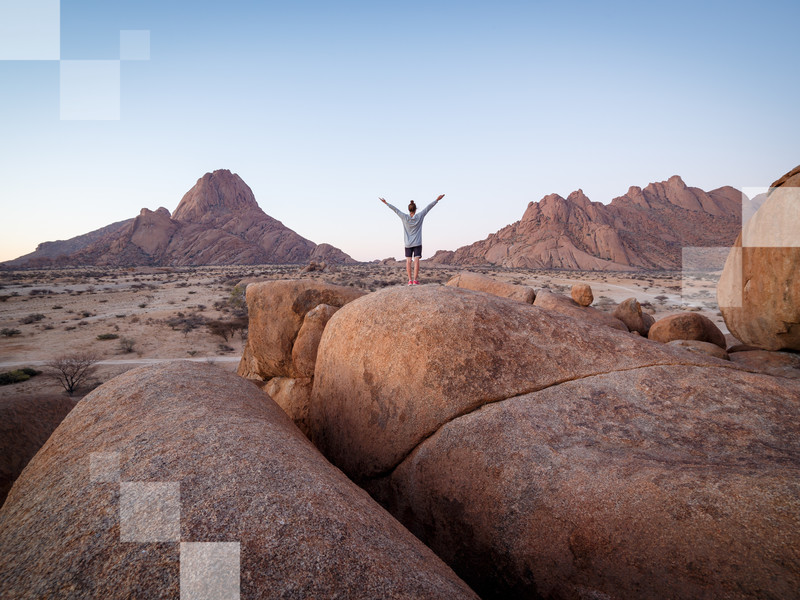 Desert camping in Namibia means lots of nature contemplation and daydreaming