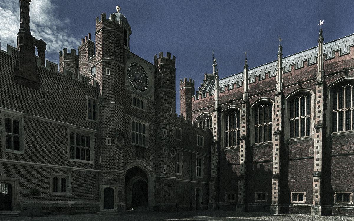 Hampton Court Palace haunted britain