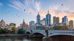 Melbourne hotels near Her Majesty's Theatre