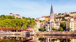 Find cheap flights to Lyon