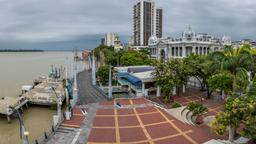 Guayaquil hotels near Malecon 2000