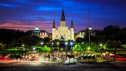 New Orleans hotels near Saint Louis Cathedral