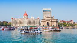 Mumbai hotels near Prithvi Theatre