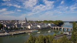 Angers hotels near Galerie David d'Angers