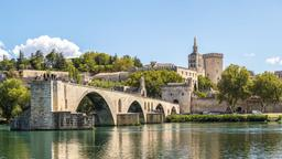 Avignon hotels near Place Crillon