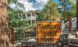 Sheridan House Inn- Adult Only Accommodation