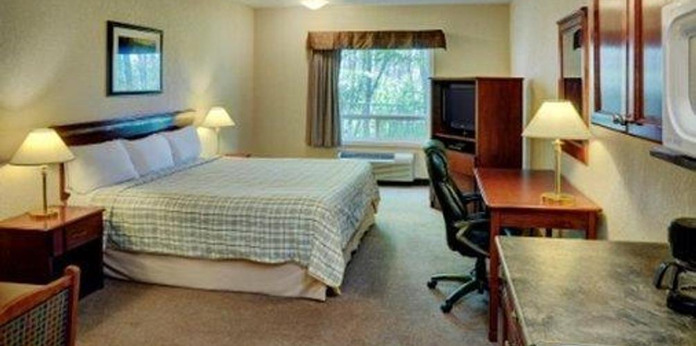 Lakeview Inns Suites