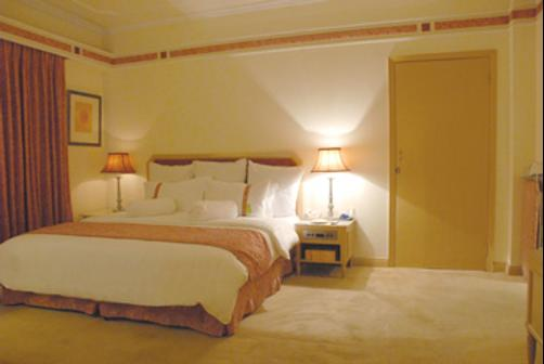 Hospitality Inn - Lahore - Bedroom