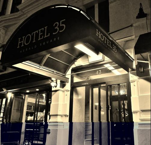 Hotel 35 Herald Square Nyc - New York - Building