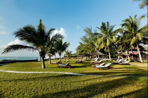 Neptune Palm Beach Boutique Resort & Spa All Inclusive - Ukunda - Beach