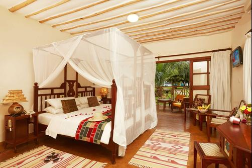 Neptune Palm Beach Boutique Resort & Spa All Inclusive - Ukunda - Bedroom