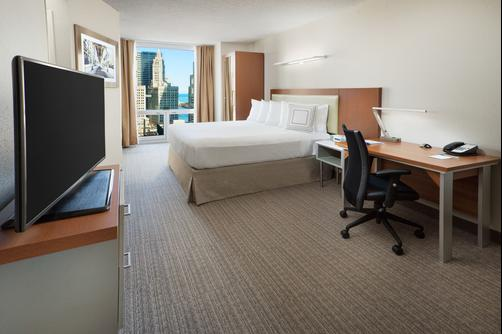 SpringHill Suites by Marriott Chicago Downtown River North - Chicago - King bedroom
