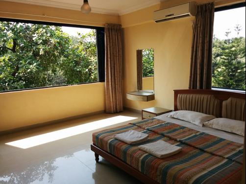 Goan Clove Apartment Hotel - Vagator - Bedroom