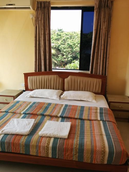Goan Clove Apartment Hotel - Vagator - Bed