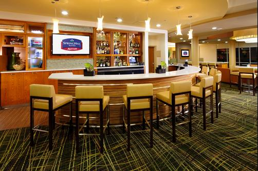 SpringHill Suites by Marriott Pittsburgh Latrobe - Latrobe - Bar