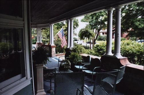 Greenhouse Bed & Breakfast - Chillicothe - Balcony