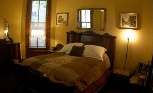 Brava House Bed And Breakfast - Austin - Bedroom