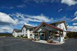Columbine Inn & Suites