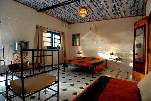 Hotel Mermoz - Saint-Louis - Bedroom