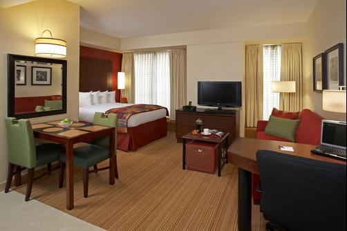 Residence Inn by Marriott Beverly Hills - Los Angeles - Bedroom